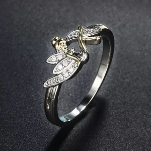 Tinkerbell Ring. Size 8. 🧚🏻♂️